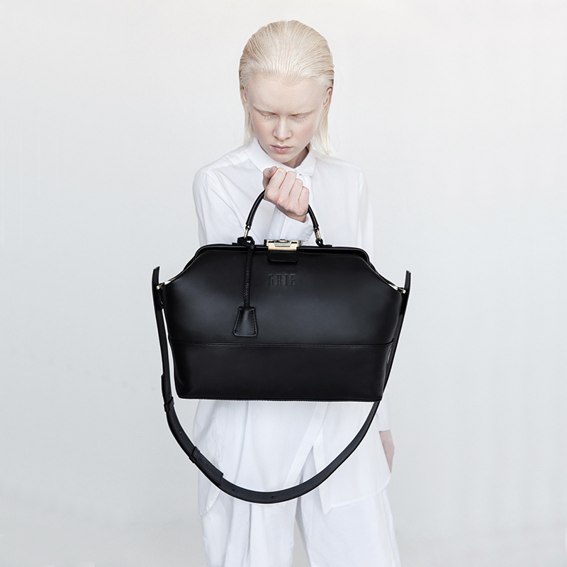 ALL BLACK EVERYTHING: GRIE COLLECTION OF BASIC VALISES