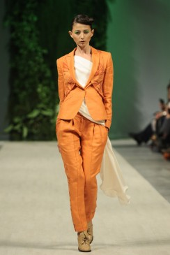 ANDRE TAN SS 2012